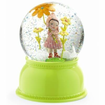 Éjszaka jelzőfény-nappal hógömb, Bájos kislány - Sweet girl JADE - Little BIG room by Djeco